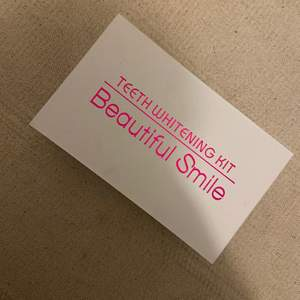 Säljer detta tandblekningskit ifrån beautiful smile🌟 aldrig använd då jag har har två! Om fler är intresserade blir det bud🌟