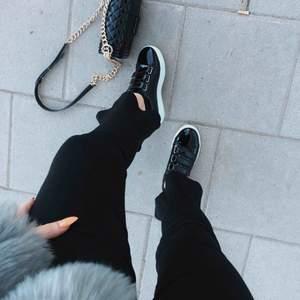 J.lindeberg skor använda en gång vid fotografering!