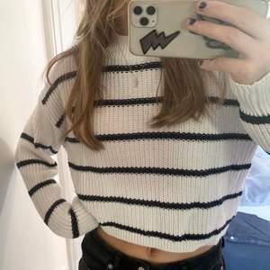 Randig tröja från Gina tricot! ⚡️⚡️