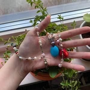 Jättefint smycke som går att använda som skärp och halsband ✨🦋 Funkar bra som skärp till mig (stl. 40) 🧚♀️