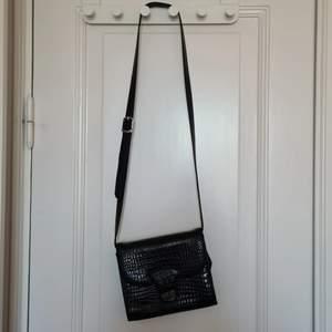 Handväska köpt secondhand💚