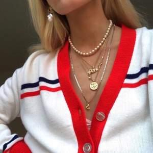 Fint halsband (obs första bilden är inte min)🥰