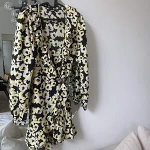 Superfin klänning från bikbok🥰