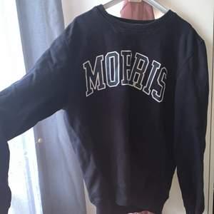 Morris sweatshirt i storlek S, hur fin som helst och bästa skick