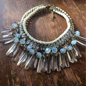 Fint stort pimpat halsband! 150kr + frakt