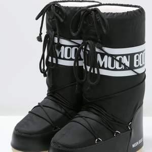 Svarta moon boots storlek 39-41! ⭐️ HELT nya samt kvitto , buda!