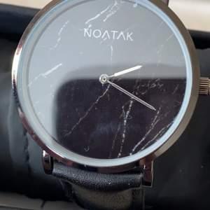 Nästan ny klocka från NOATk