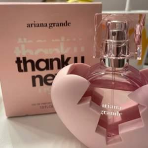Säljer min ariana grande parfym som inte kommit till användning💕