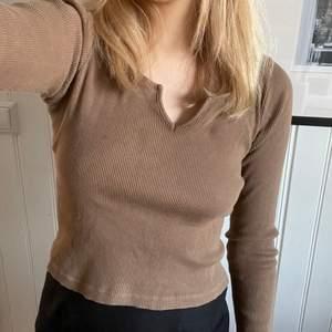 Jättefin tröja från brandy Melville! Köpare står för frakt💕