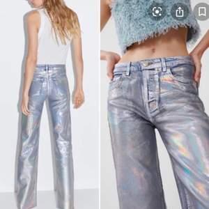 Hej är på jakt efter dessa jeans från zara pris kan diskuteras men kan betala runt 500-600kr storlek 36