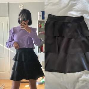 """Superfin kjol från Gina Tricots """"exclusive"""" line. Använd ca 1-2 gånger!"""