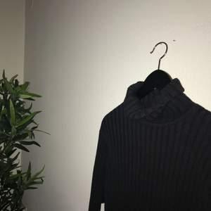 Världens finaste, snyggaste och skönaste tröja från redgreen💛