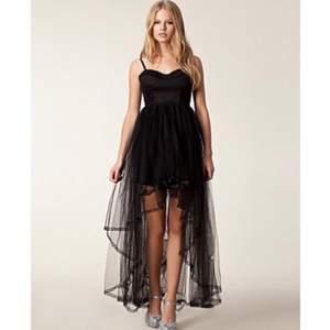 Svart Nanette dress från Ida Sjöstedts kollektion för Nelly. Endast använd en gång, så den är i nyskick. Mitt pris 300, nypris 1395 :)