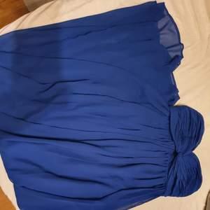 Maxi klänning, använd en gång