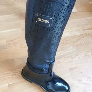GUESS rain knee boots - worn only once - original price 1599 SEK - size 39
