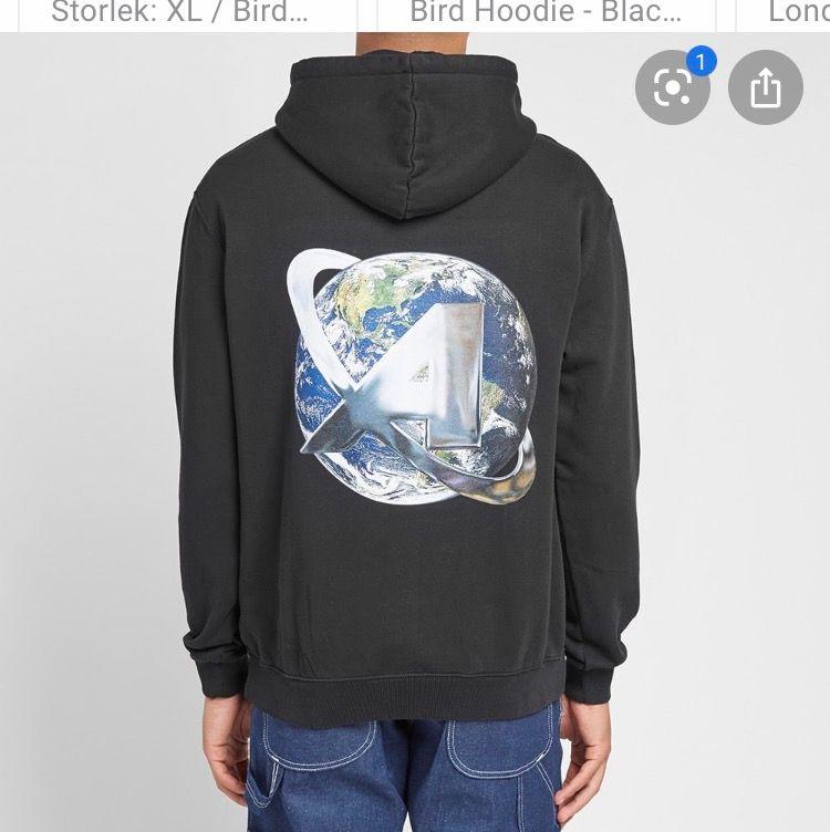 Säljer min Axel arigato hoodie. Väldigt fint skick. Storlek M.. Huvtröjor & Träningströjor.