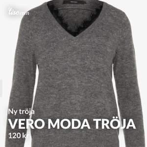 Vero Moda tröja helt ny. Använd 1 gng. Säljer pga för stor. Den är jätteskönt och har ett väldigt bra kvalite.