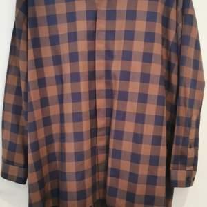 Rutig skjorta från asos, longline