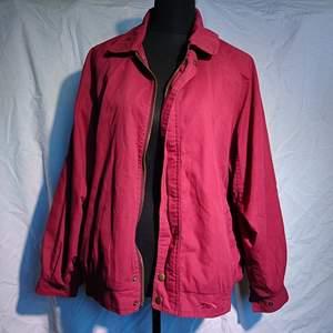 Cool vintage jacka, typ harrington-modell med paisley-mönstrat foder, passar s-l