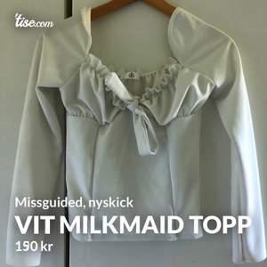 Vit milkmaid topp. Squareneck, helt ny från Missguided. Stl M, men passar även S.