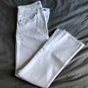 Snygga both cut jeans, aldrig använde då de är i fel storlek. Frakt tillkommer
