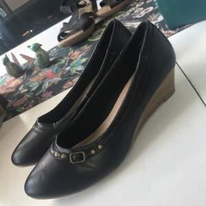 Skor från din sko, aldrig använda. 50kr & storlek 41