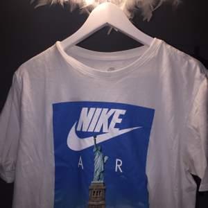 Köpt ifrån Nike store!