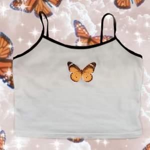 Jättefina croppade fjärilstoppar i storlek S, köp en för 69kr och båda för 125 kr