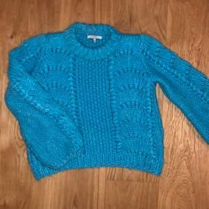 Handstickad tröja från GANNI. Storlek S. Normal i storlek. Fint skick