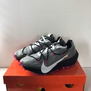 Nike off-white vaporstreets storlek 42,5 oöppnade