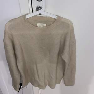 Stickad tröja från Carlings 🤍