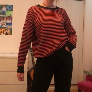 Säljer denna coola sweatshirt, oversized