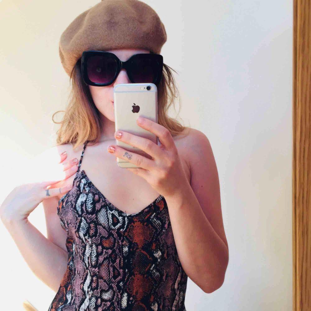 Summery dress 👗 . Klänningar.