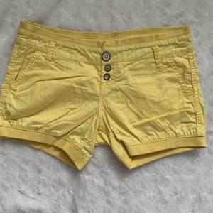Bershka shorts nya storlek 38