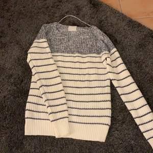 En jätte fin stickad tröja från vero Moda