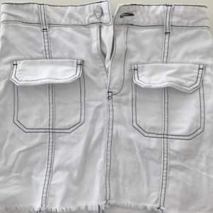 Jeans kjol från zara storlek S.