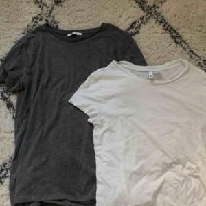 Två t-shirts i storlek S. Den grå från Zara och den vita från HM. Köp en för 60 kr eller båda för 100 kr
