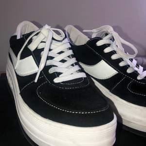 Sneakers från sixtyseven. Storlek 39! (frakt ingår!!!)