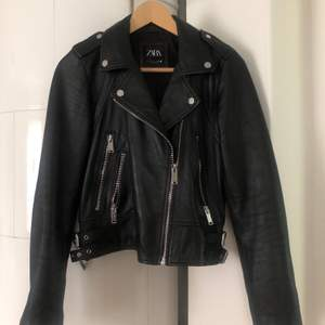 Zara real leather jacket. Size s, perfect conditions, biker style. Reatail price 1299kr. Shipping included