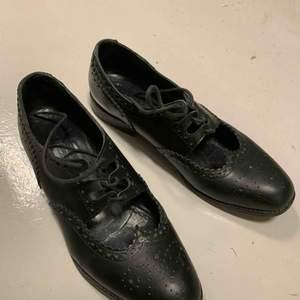 J.lindberg loafers, fint skick, avänt Max 10 gånger