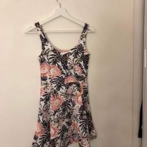 Super söt klänning från h&m!