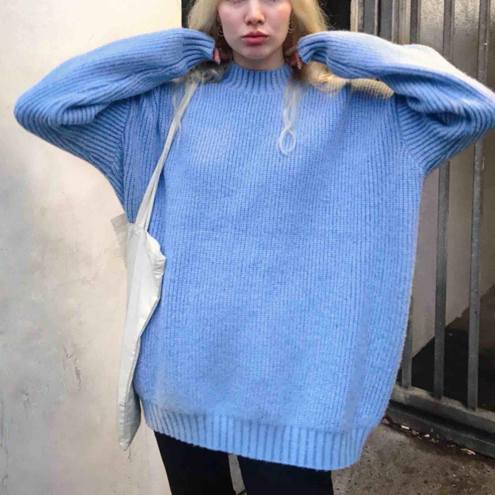 Oversized stickad tröja från Motelrocks, aldrig använd!. Tröjor & Koftor.