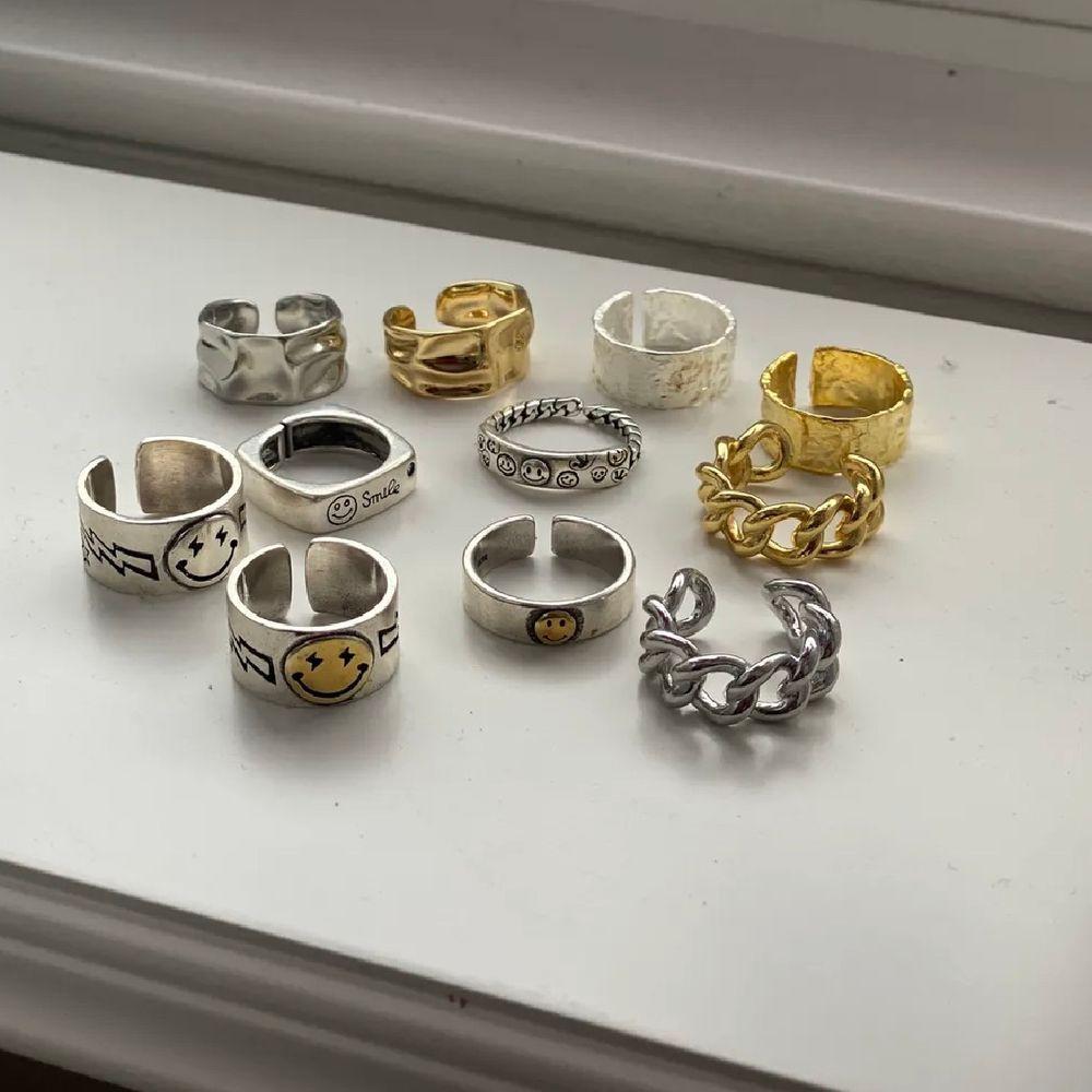 Säljer vidare några av de ringar jag köpt på plick💞. Accessoarer.