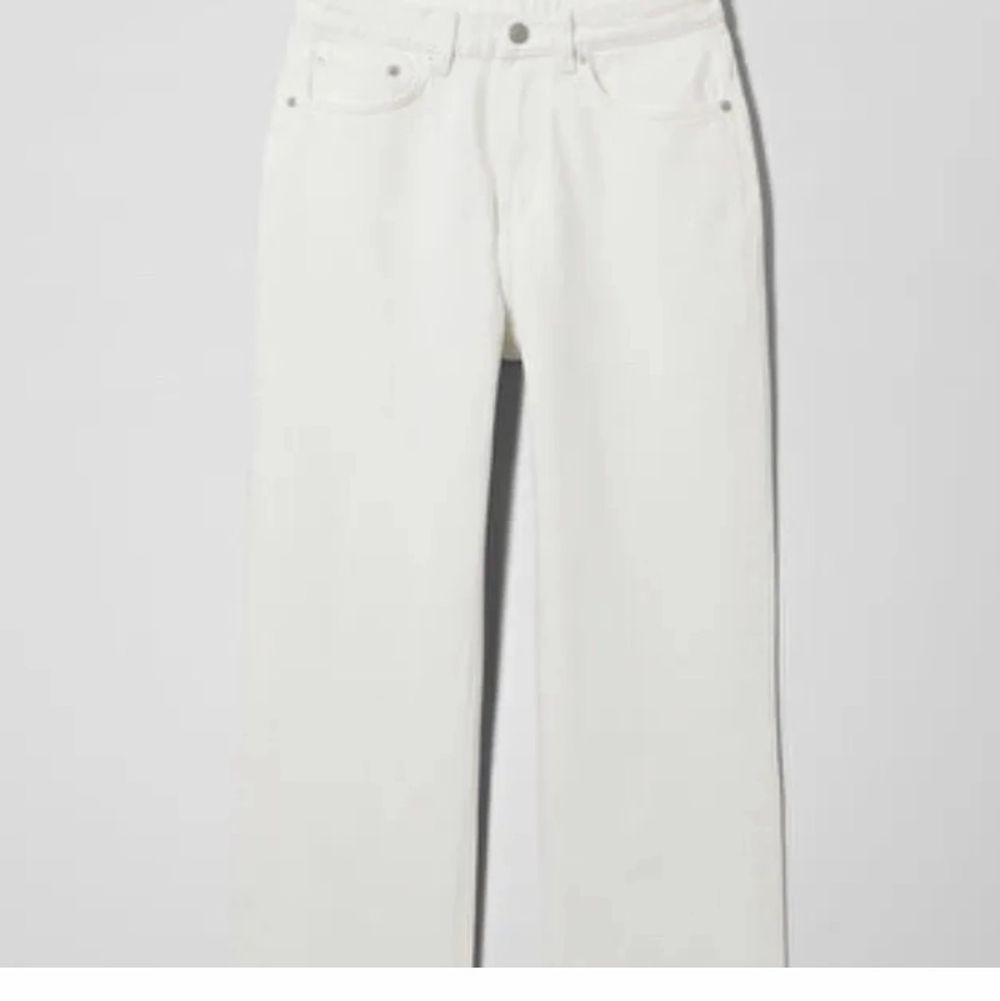 Vita weekday jeans. W 25 L28. Bilder från Lisa Linde💞💞. Jeans & Byxor.