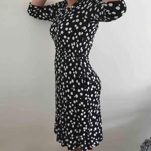 Super cool klänningen för den som vågar💗