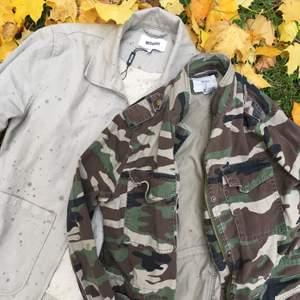 Två stycken jackor som jag använt extremt få gånger och inte är min stil. Ena är kamouflage mönstrad i storlek M köpt på Forever 21 i NY. Den andra är beige strlk small från Weekday. Säljer dem för 250 kr styck eller båda för 400. Gratis frakt!