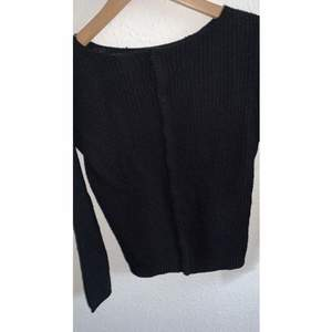 Black blouse, used before, but without Any fails