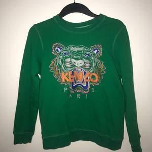 Kenzo AAA-kopia aldrig använd, säljes pga fel strl