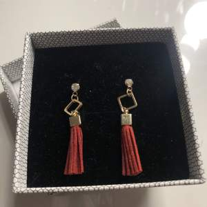 Säljer nu dessa coola örhängen, kontakta mig vid intresse🥰
