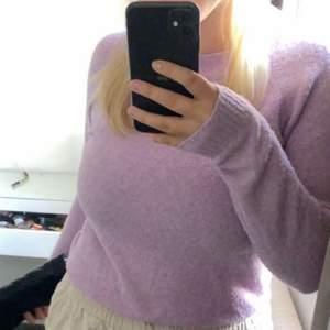 Fin rosa/lila stickad tröja ifrån Vera Moda💓